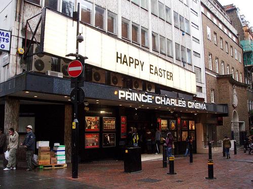 Prince Charles Cinema: paraíso dos cinéfilos em Londres - filmes bons e baratos, incluindo alguns Hitchcocks!!!