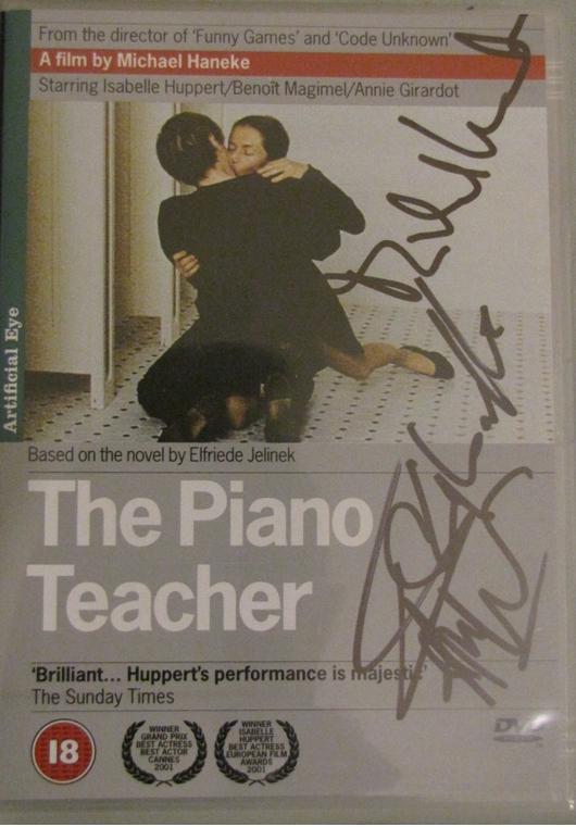 Que luxo hein?! Autógrafo de Michael Haneke e Isabelle Huppert no mesmo DVD?! Não é pra qualquer um não hein, sorry! :P