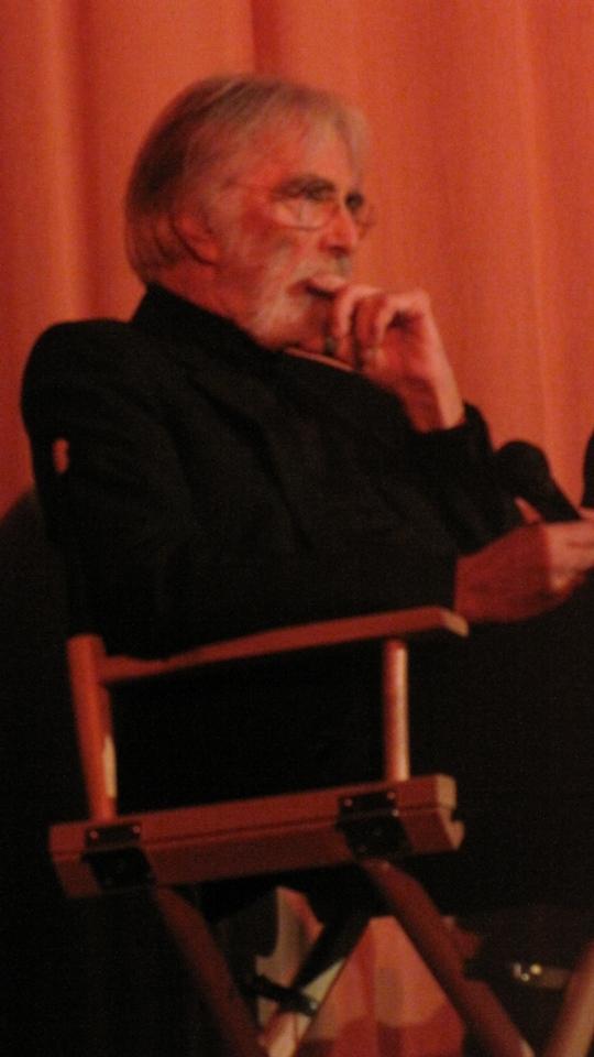 Depois de ganhar a Palma de Ouro das mãos de sua musa, Haneke contou que o próximo filme é de novo com Isabelle Huppert :)
