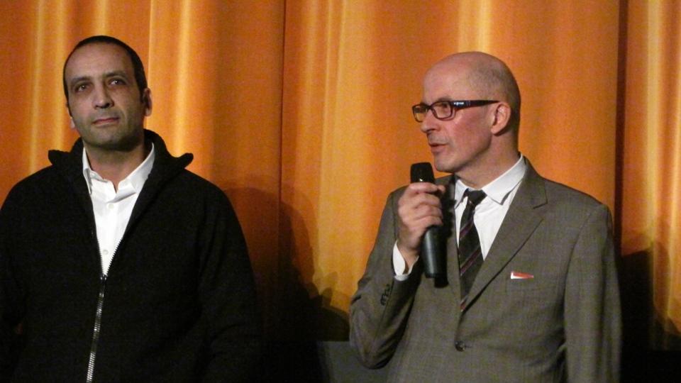 O roteirista Abdel Raouf Dafri e o diretor Jacques Audiard apresentaram o fime francês sensação do ano