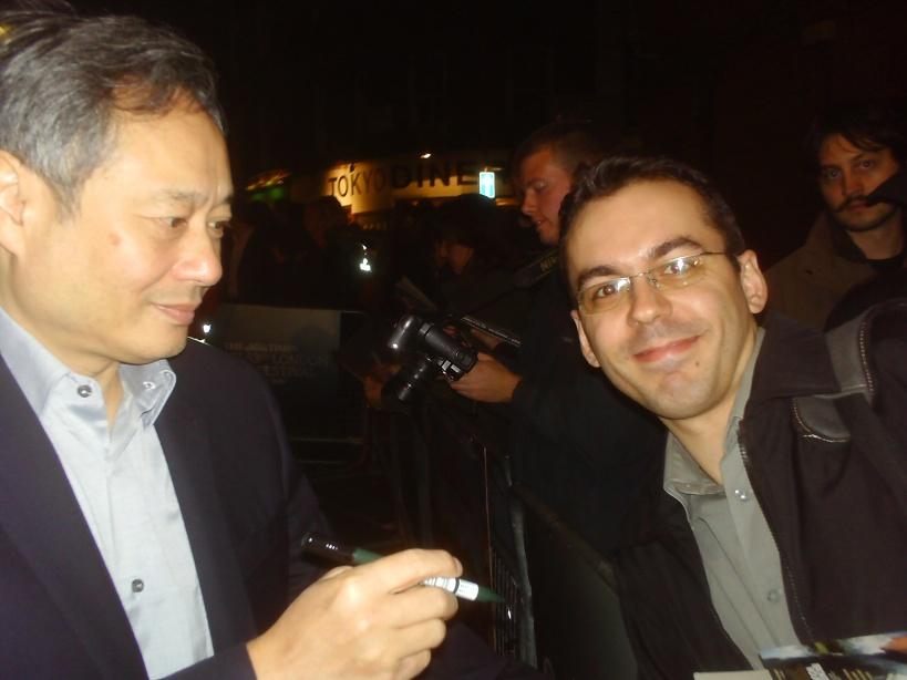 momento inesperado, mas muuuuito legal: autógrafo e fotinha com o grande Ang Lee :)