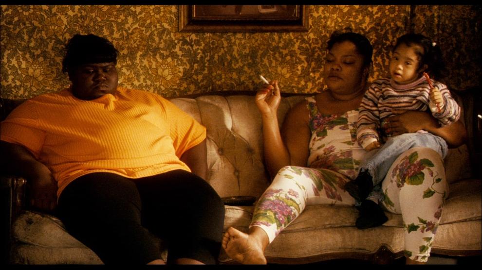 A ótima estreante Gabourey Sidibe e fenomenal Mo´Nique: realidade chocante em um filme perturbador